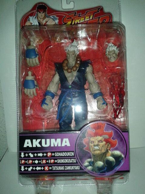 Street Fighter IV Sota Toys figure AKUMA / GOUKI Rare variant bianca hair blu Gi