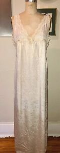 VTG 80'S CHRISTIAN DIOR*IVORY WHITE FLORAL JACQUARD LACE NIGHTGOWN PEIGNOIR*S/M
