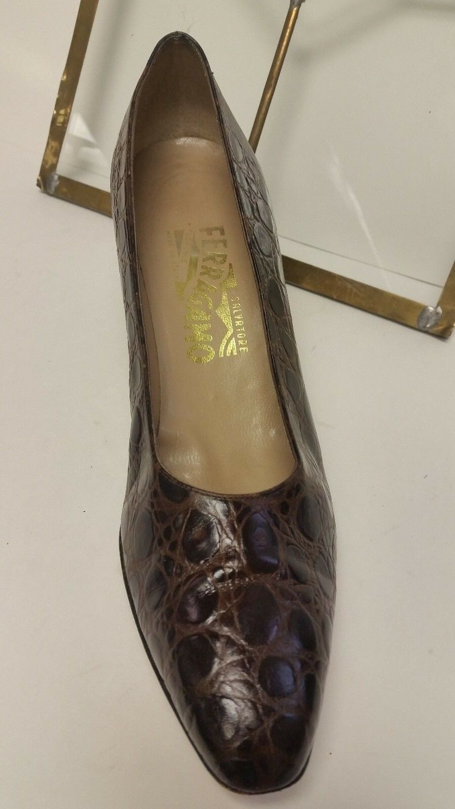 SALVATORE FERRAGAMO Vintage Brown Leather Classic 8.5 Low Heels Shoes Size 8.5 Classic AAA 1cc519