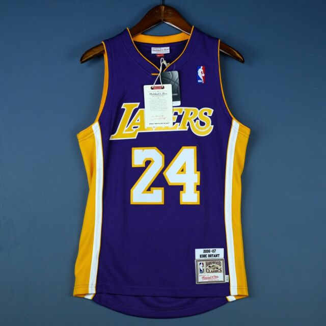 quality design 3b613 33bd7 Details about 100% Authentic Kobe Bryant Mitchell & Ness 06-07 Lakers Jersey
