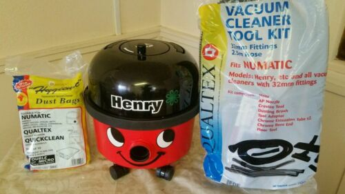 HEAD NUMATIC HENRY HVR200 BAGGED CYLINDER VACUUM CLEANER,NEW PIPES,TOOLS BAGS