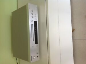 Compact-Disc-Player-C-7030