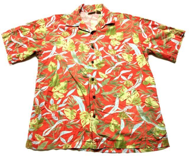 LL Bean Mens Red Floral Hawaiian Front Pocket Button Front Shirt Size Medium