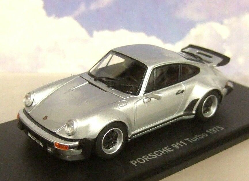 Kyosho 1  43 Moulage sous Pression 1975 Porsche 911 Turbo en silver Avec
