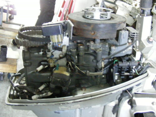 "WHAT PART DO YOU NEED? Honda 15 Outboard BF15A Engine 15/"" Shaft Motor FOR PARTS"