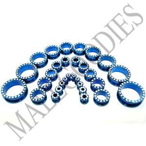 V046-Screw-on-fit-Blue-CZ-Surgical-Steel-Flesh-Tunnels-Ear-Plugs-10G-1-034
