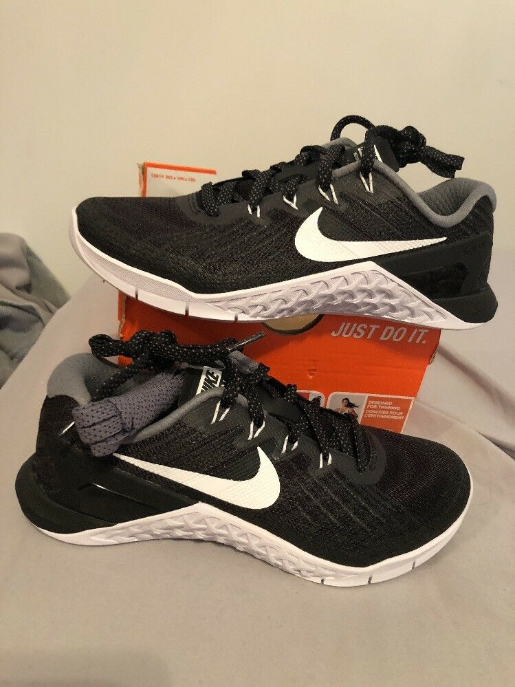 Womens Nike Metcon 3 Black White CrossFit Price reduction best-selling model of the brand