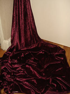 1m QUALITY  DARK MAROON  ICE CRUSH VELVET  FABRIC  581NCHES