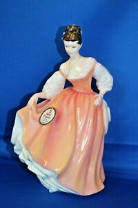 Vintage Porcelain Royal Doulton HN 2835 Fair Lady 20cm Tall Coral Pink Figurine