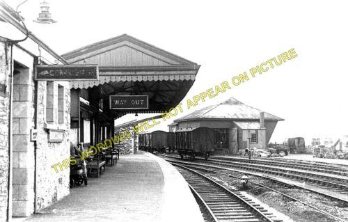 2 Great Western Rly. Brixham Railway Station Photo Churston /& Kingswear Line