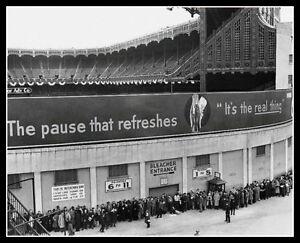 Yankee-Stadium-Photo-8X10-1943-World-Series-Yankees-Joe-Dimaggio-Berra-Bronx