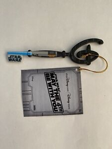 Disney-Star-Wars-Day-May-the-4th-Be-With-You-Collectible-Key