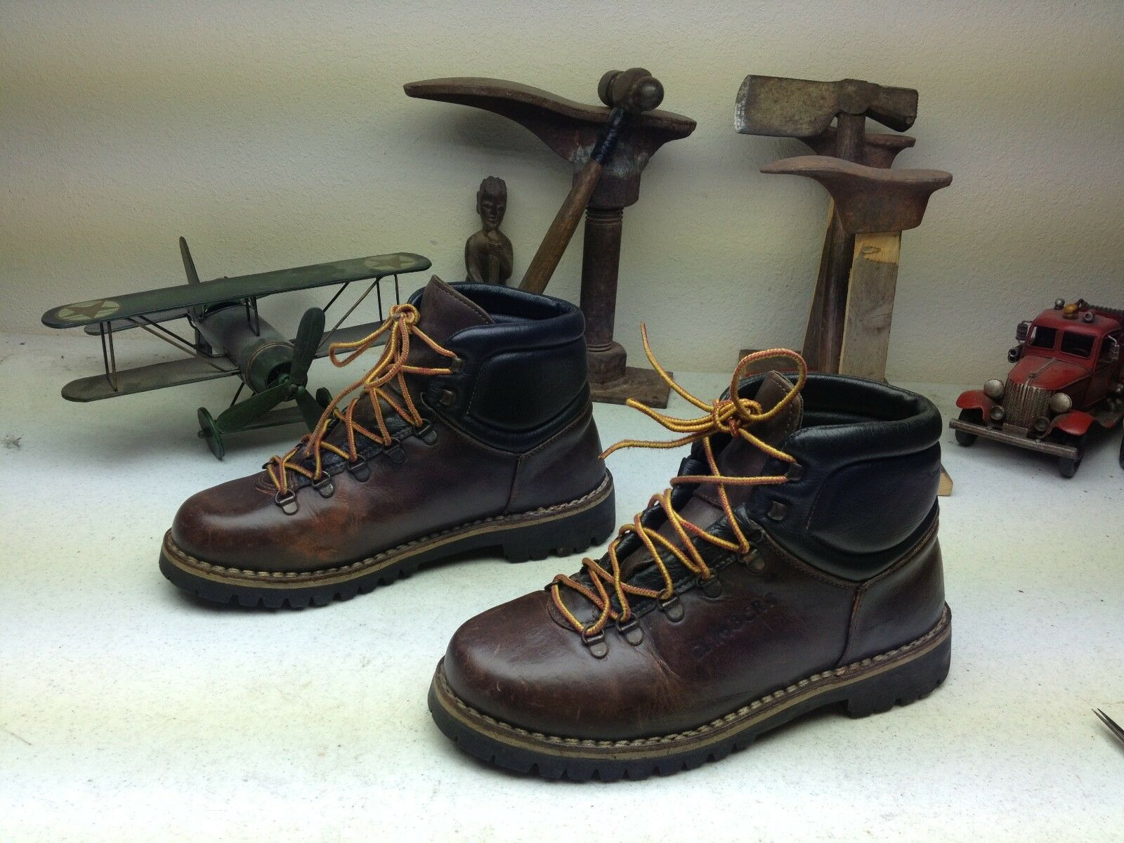 DISTRESSED braun VINTAGE ALPIN CLIMBERS LEATHER ENGINEER MOUNTAINEER Stiefel 44 D