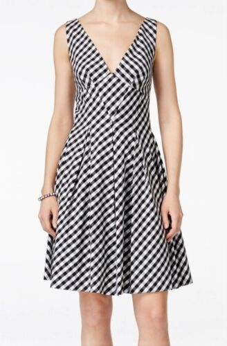 BETSEY JOHNSON Gingham Check Fit /& Flare Dress Black NWT MSRP $148 Ivory