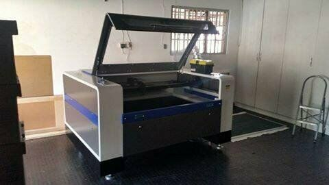 lc1390 - Laser Cutter and Engraver - For wood, perspex, leather and more