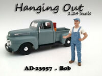 hanging Out Bob Figure For 1:24 Scale Models American Diorama 23957