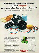 PUBLICITE ADVERTISING 0105  1970  FUJI FILM   appareil photo FUJICA  single 8
