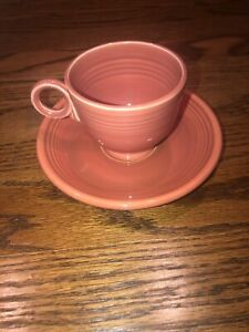 Vintage-Fiesta-RED-Teacup-Tea-Cup-Saucer