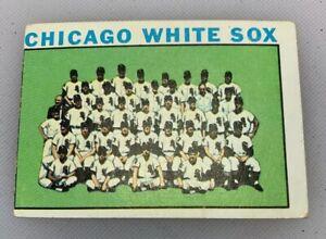 1964-Topps-496-Chicago-White-Sox-Team-Baseball-Card-Miscut