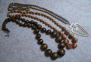 VINTAGE-TO-NOW-ASSORTED-WOOD-BEADED-BOHO-NECKLACE-LOT