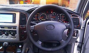 Fits Toyota Land Cruiser Prado Mk3 J120 02-09 Noir En Cuir Volant Couvrir-afficher Le Titre D'origine Renforcement Des Nerfs Et Des Os