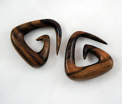 Pair Hand Crafted Carved Sono Wood Triangle Spiral Ear Plugs Hangers Swirl 8G+