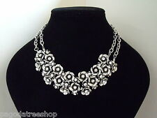 New Lovely Antique Silver Effect Necklace of Diamante Studded Flowers
