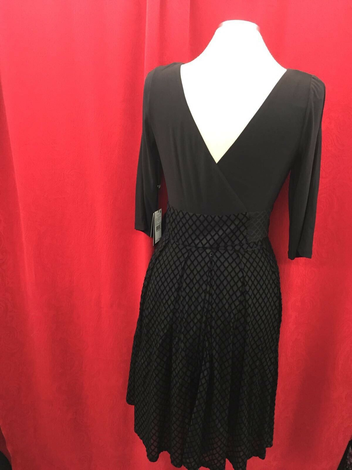 ADRIANNA PAPELL DRESS DRESS DRESS NEW WITH TAG SIZE 4 RETAIL 180 LENGTH 38   COLD SHOULDER 17efdf