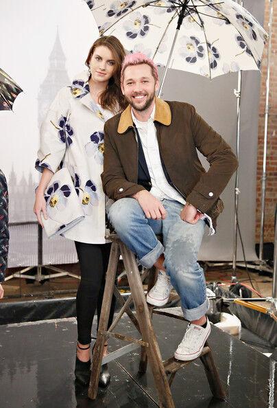 Nouveau Chris Benz pour Londres Brouillard Messieurs Olive Motif Floral Veste Matelassée