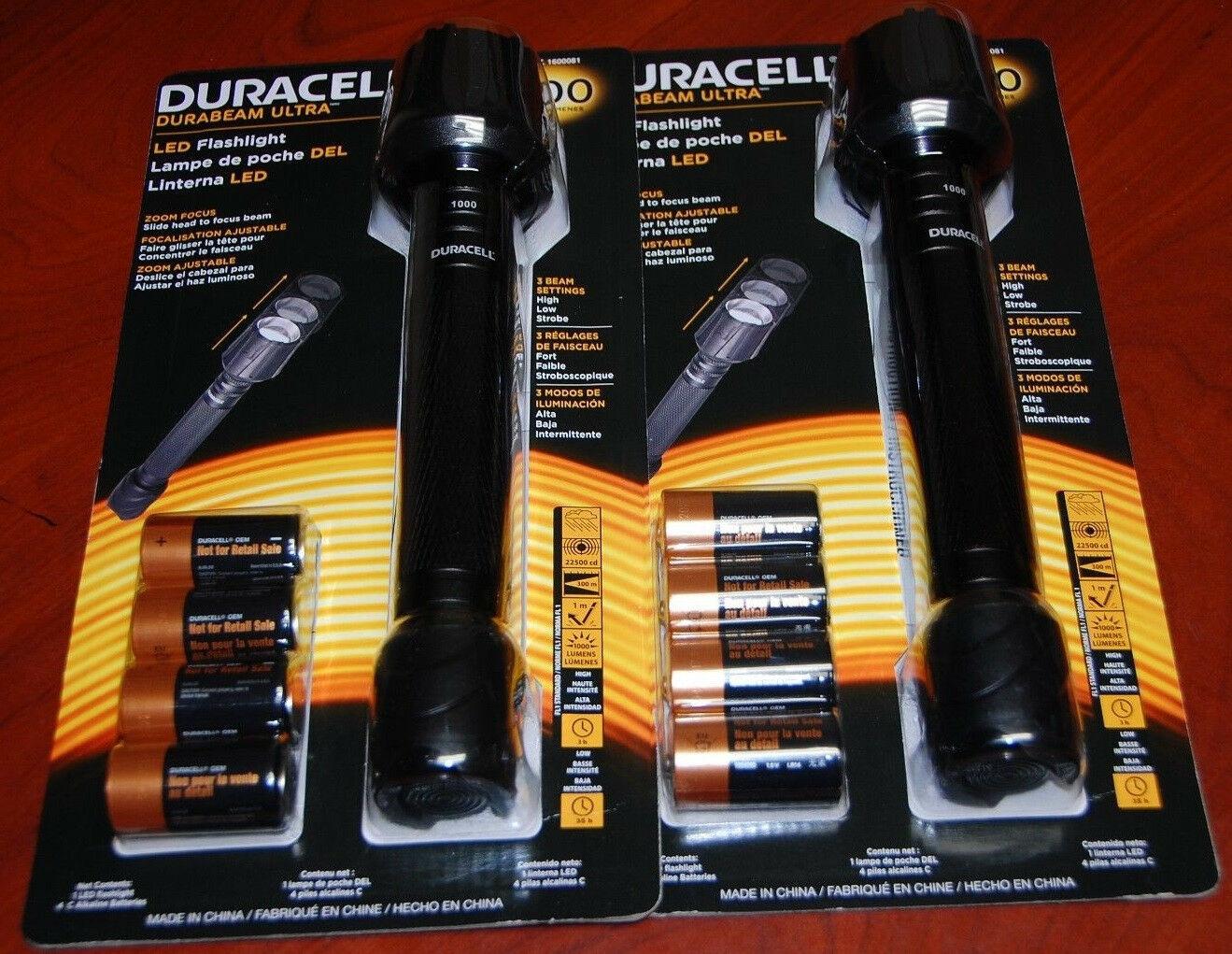 2 Duracell Durabeam Ultra LED Flashlight 1000 Lumen(2 of  tham) extra saving  looking for sales agent
