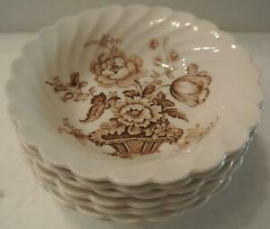8-Royal-Staffordshire-Charlotte-Brown-Small-Sauce-Bowls-Clarice-Cliff-England