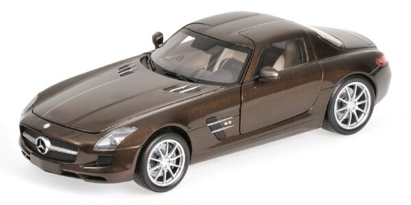 Mercedes Benz SLS AMG 2010 marron Metallic 1 18 Model MINICHAMPS