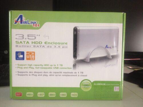 AirLink101 3.5/'/' USB External SATA Hard Drive Enclosure