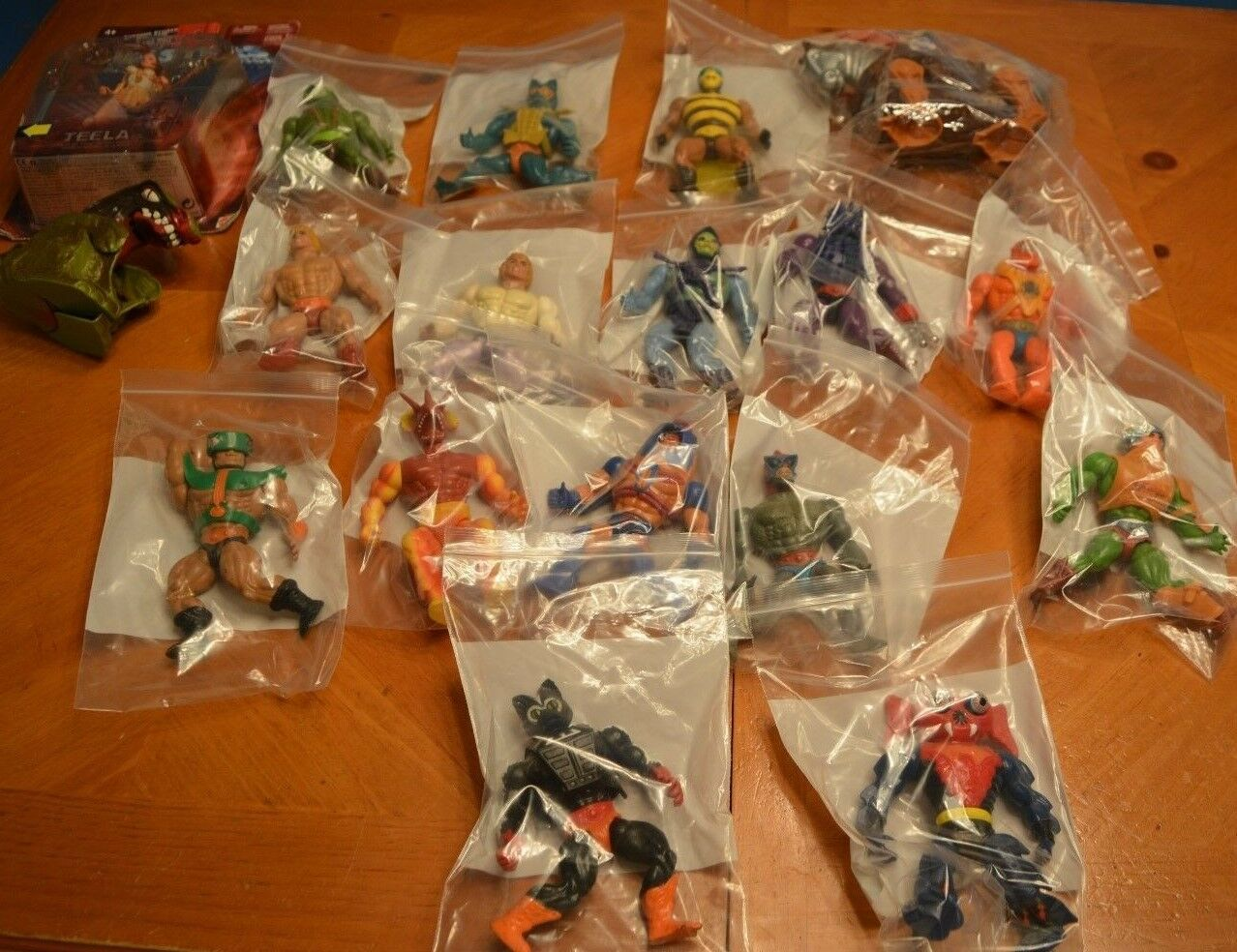 HE-MAN AND FRIENDS MASTERS OF THE UNIVERSE CLASSIC LOT COLLECTION