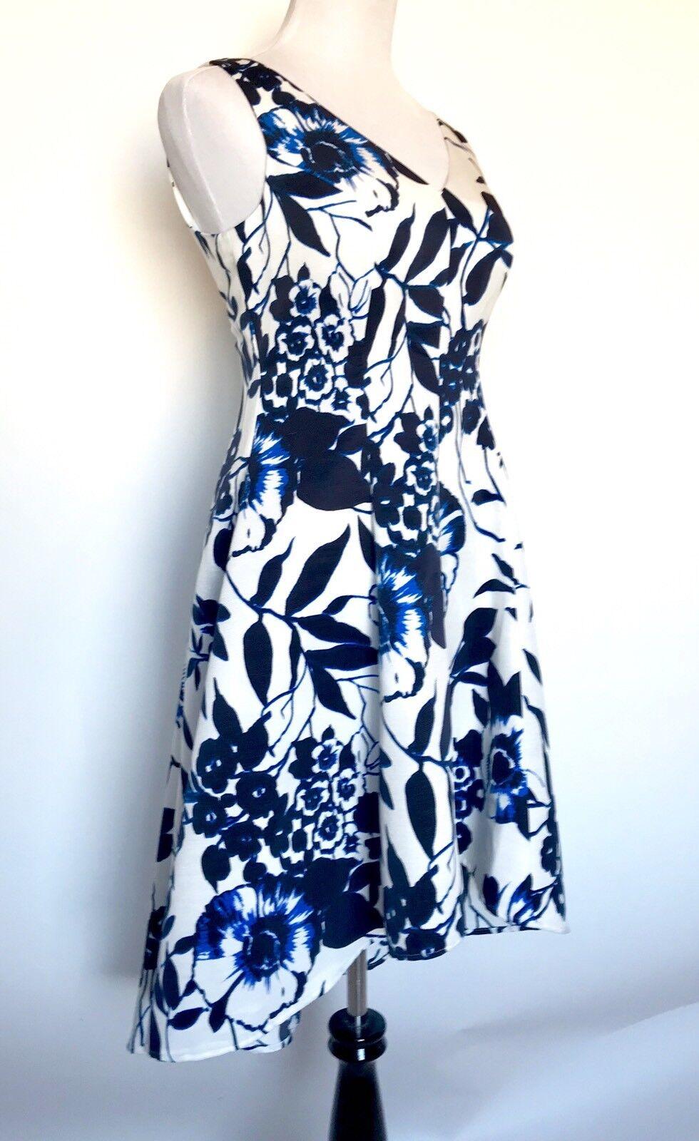 Eliza J  Blau & Weiß Floral Dress. Hi-Lo Skirt NWT Retail  Price  Größe 6