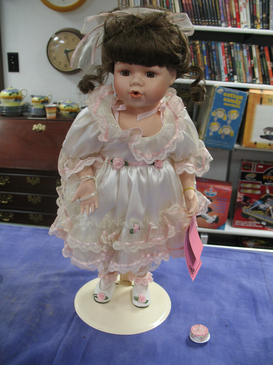 """Show-Stoppers Porcelain Doll """"Jenna"""" by Florence Maranuk-Limited Edition 18 in."""