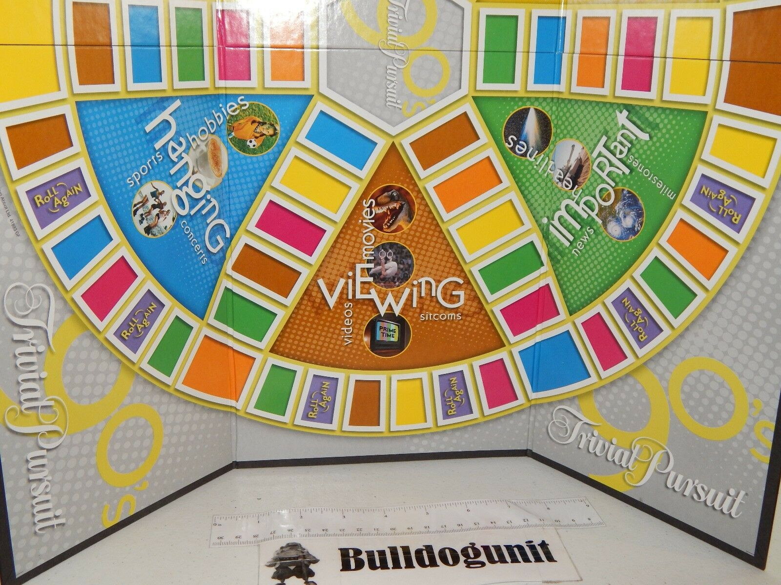 2004 90's Trivial Trivial Trivial Pursuit Board Game Replacement Game Board Only 05cfa0