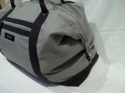 NAUTICA TRAVEL BAG- FLIGHT BAG OVERNIGHT BAG DUFFEL BAG CANVAS BAG