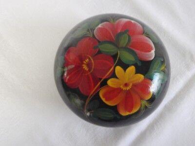 Neuwertig So Effektiv Wie Eine Fee 13 Cm Dm Süß GehäRtet Russische Lack-holzdose Schwarz Bemalt Mit Bunten Blumen