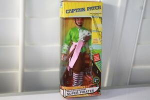 WGSH-Pirates-Captain-Patch-2005-FTC-CCTV-Licensed-figure-new-in-box