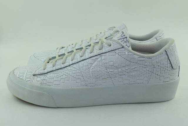 NIKE BLAZER STUDIO LOW MEN SIZE 10.0 SUMMIT WHITE NEW COMFORTABLE RARE
