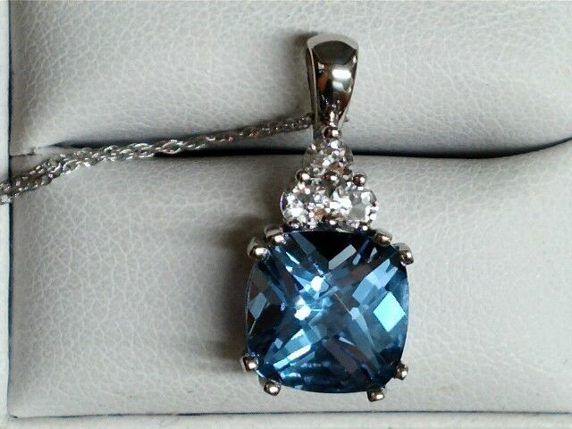 10 kt white gold cushion cut bluee Topaz pendant with white topaz accents 139247
