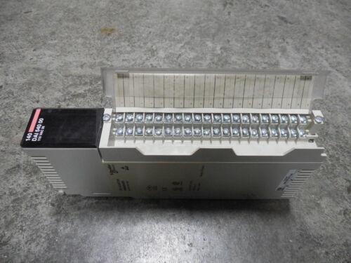 USED Schneider 140 DAI 540 00 TSX Quantum AC Input Module 140DAI54000