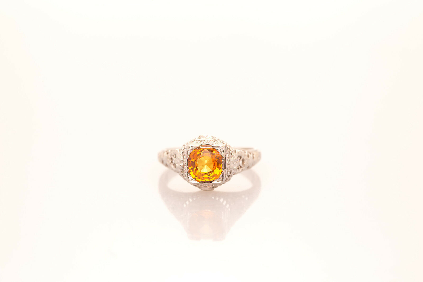 Antique 1920s 1.50ct NATURAL golden Yellow Sapphire 18k White gold Filigree Ring