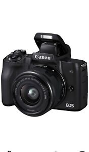 Canon Fotocamera Digitale Mirrorless 24 Mpx EOS M50 + EF-M 15-45mm F3.5-6.3 IS