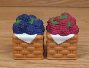 Vintage-Longaberger-Basket-Style-Raspberry-amp-Blackberry-Salt-amp-Pepper-Shakers