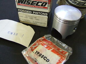 Honda-WISECO-CR80-CR80R-CR80RD-CR80RE-1mm-PISTON-KIT-NEW-NOS-493P4