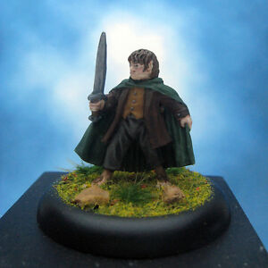 Painted-Games-Workshop-LOTR-Miniature-Frodo