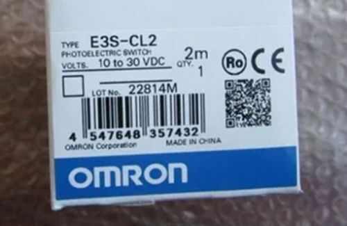 1 PCS New Omron E3S-CL2 Photoelectric Switch Senser 10 to 30VDC 2M