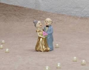 kleine tortenfigur figur tortendeko goldene hochzeit ehepaar oma opa 50 jahre ebay. Black Bedroom Furniture Sets. Home Design Ideas